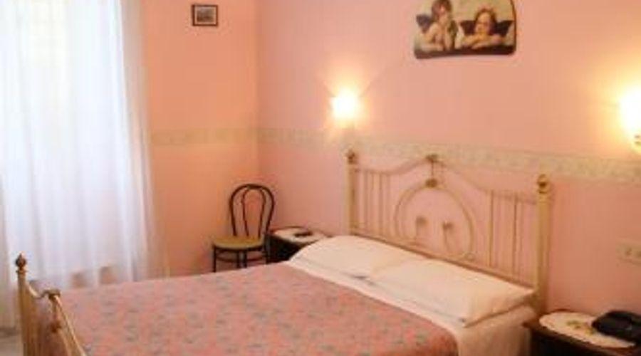 Hotel Principe Amedeo-7 من 12 الصور