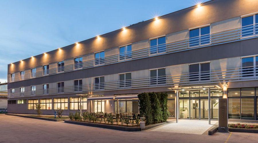 Hotel Dalmina-3 من 39 الصور