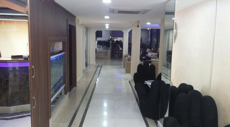 Lal Hotel-2 من 39 الصور