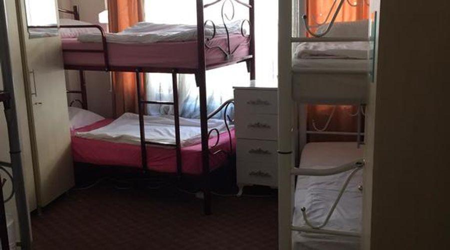 Castle Hostel-7 من 25 الصور