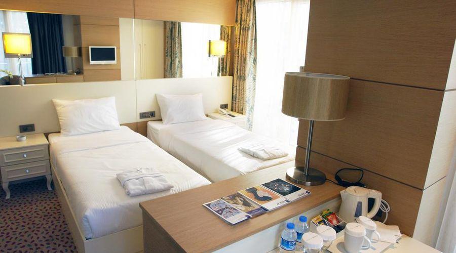 Hotel Le Mirage-2 of 30 photos