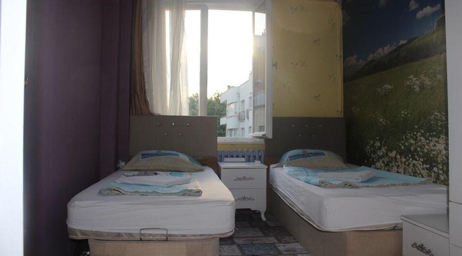 Castle Hostel-12 من 25 الصور
