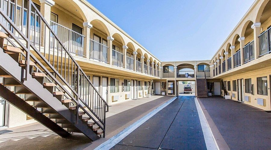 Rodeway Inn & Suites LAX-1 of 33 photos