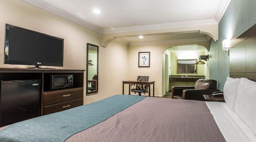 Rodeway Inn & Suites LAX-26 of 33 photos