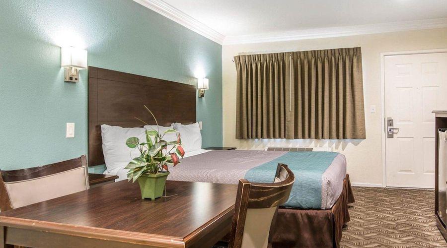 Rodeway Inn & Suites LAX-15 of 33 photos