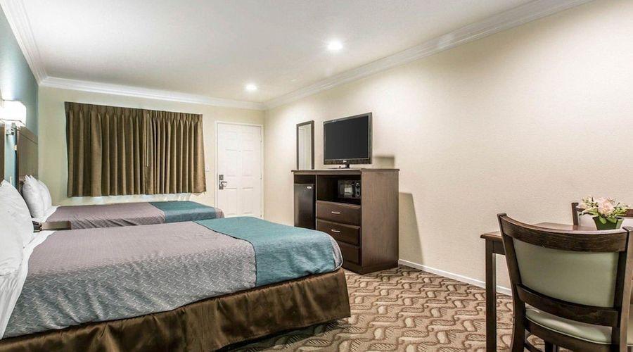 Rodeway Inn & Suites LAX-20 of 33 photos