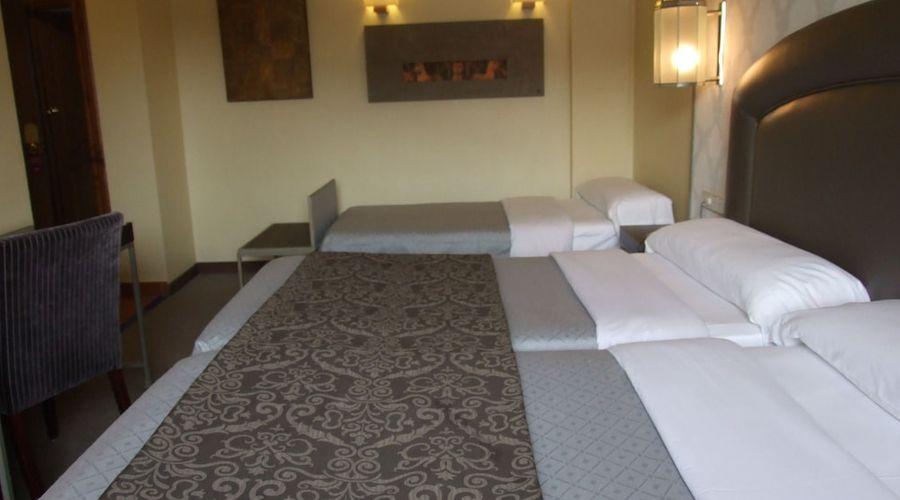 Hotel Macia Alfaros-5 of 44 photos
