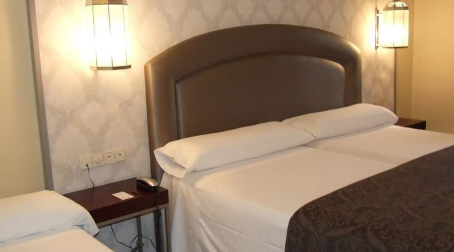 Hotel Macia Alfaros-8 of 44 photos