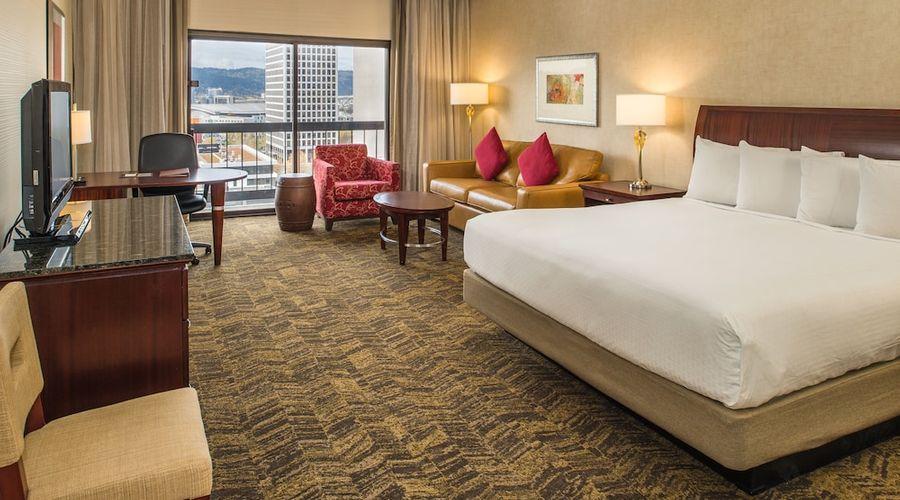 DoubleTree by Hilton Hotel Portland-6 of 64 photos