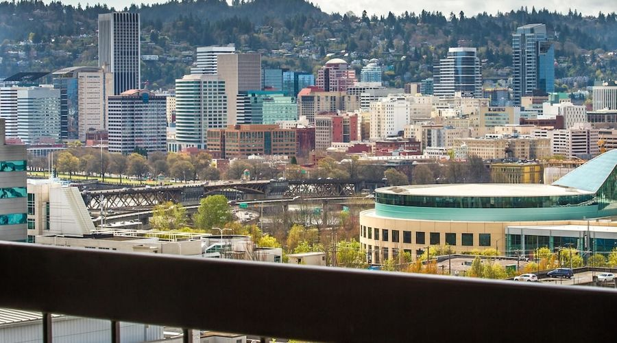 DoubleTree by Hilton Hotel Portland-25 of 64 photos