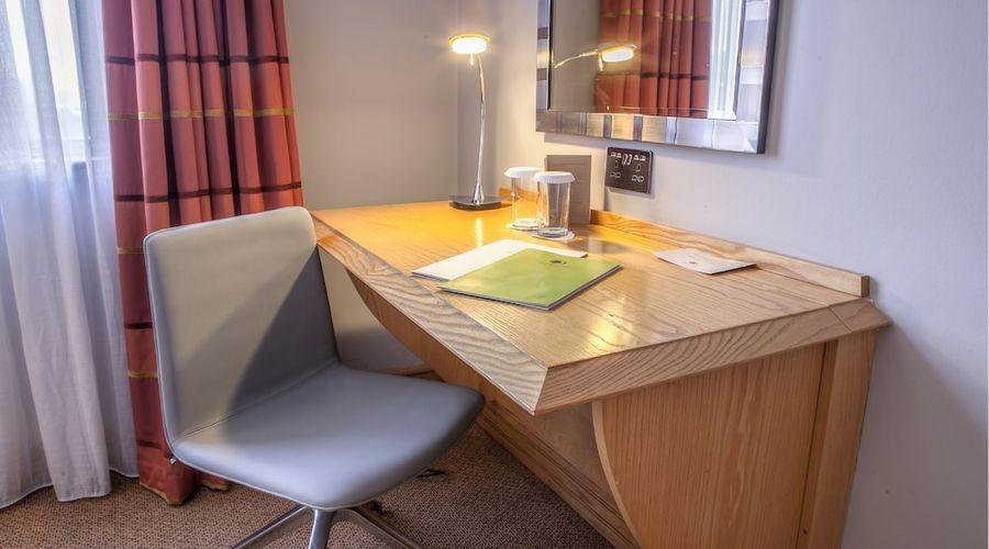 DoubleTree by Hilton Swindon-26 of 53 photos