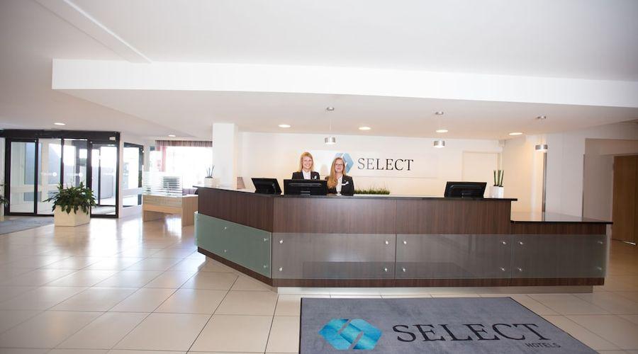 Select Hotel Mainz-1 of 69 photos