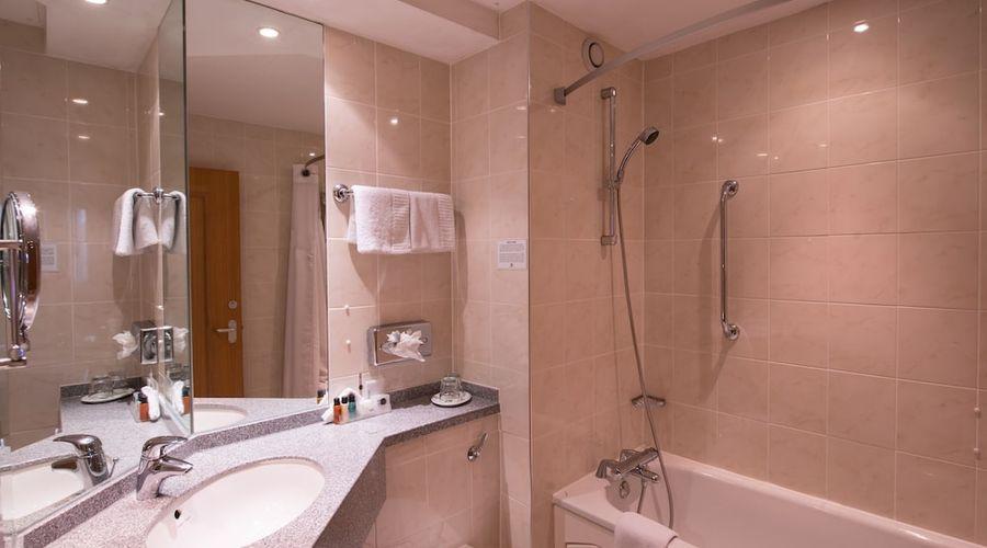 Holiday Inn Leamington Spa-10 of 34 photos