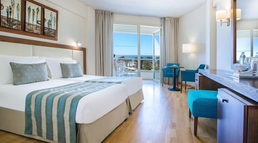 Golden Tulip Golden Bay Beach Hotel-1 of 72 photos