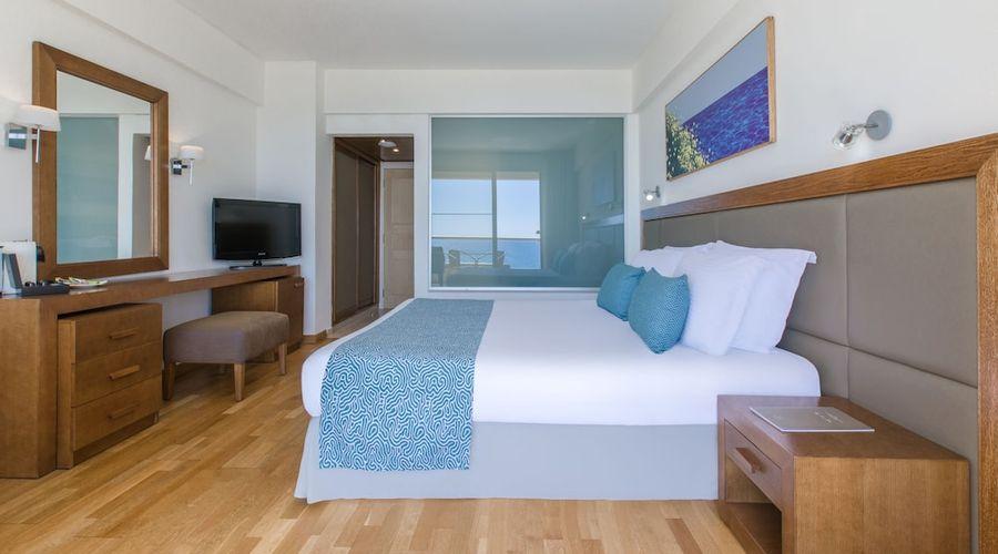 Golden Tulip Golden Bay Beach Hotel-9 of 72 photos