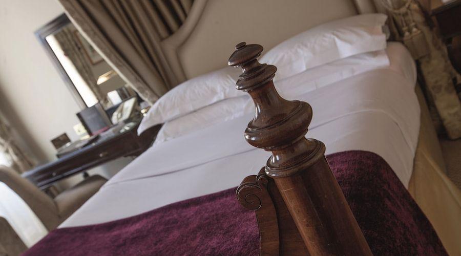 Macdonald Bear Hotel-11 of 54 photos