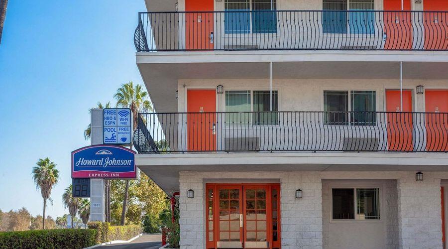 Howard Johnson by Wyndham San Diego Hotel Circle-19 of 19 photos