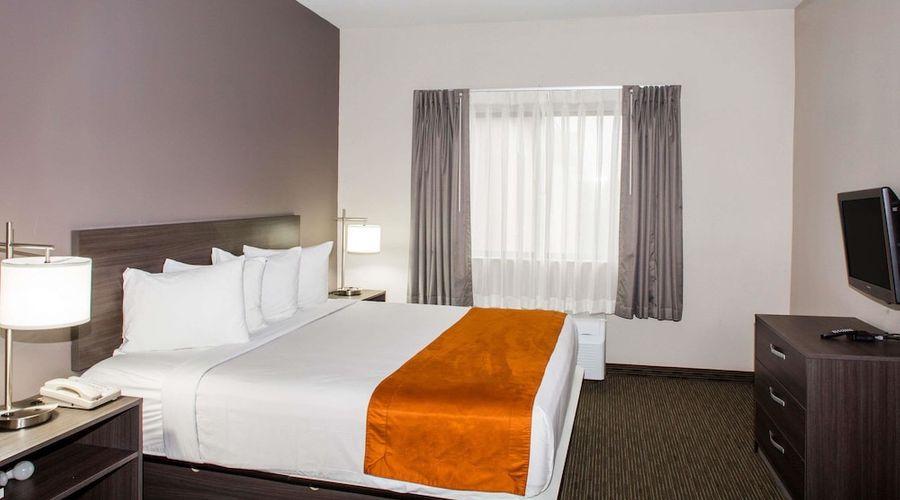 Days Inn & Suites by Wyndham Orlando Airport-11 of 25 photos