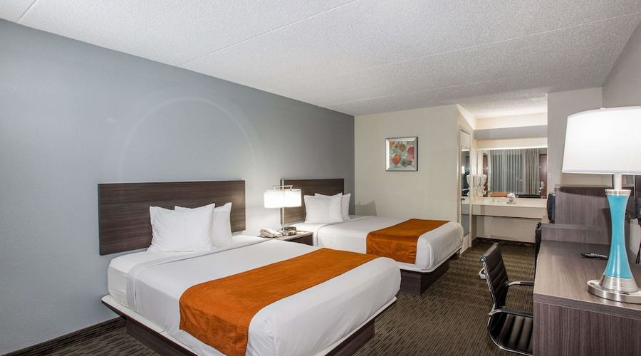 Days Inn & Suites by Wyndham Orlando Airport-10 of 25 photos