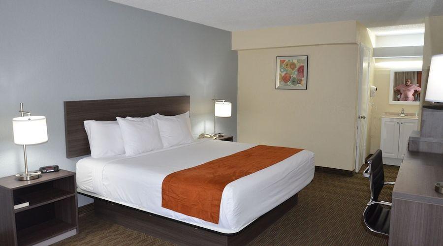 Days Inn & Suites by Wyndham Orlando Airport-8 of 25 photos