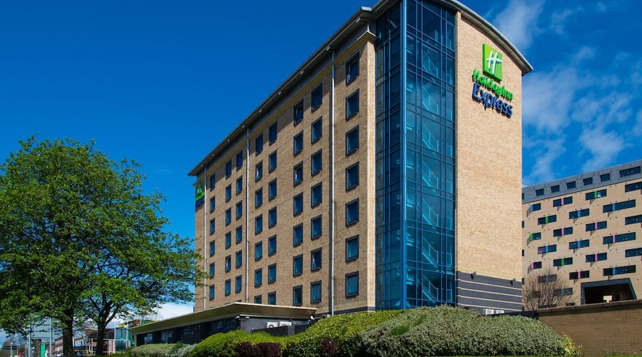 Holiday Inn Express Leeds City Centre-1 of 34 photos