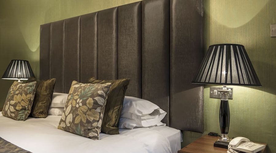 Royal Oak Hotel-15 of 52 photos