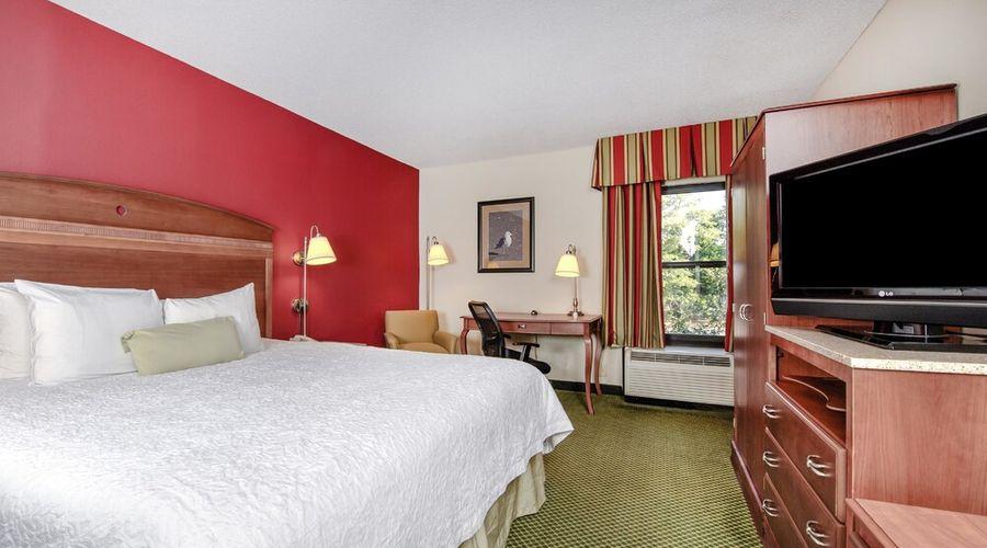 Hampton Inn & Suites Wilmington/Wrightsville Beach-14 of 75 photos