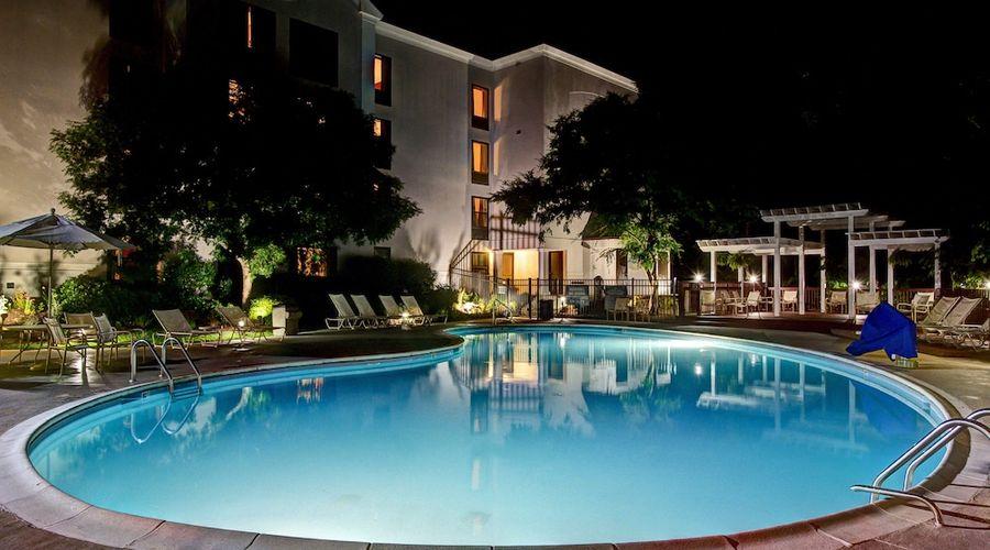 Hampton Inn & Suites Wilmington/Wrightsville Beach-47 of 75 photos