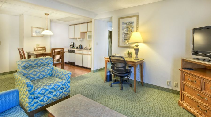 Hampton Inn & Suites Wilmington/Wrightsville Beach-11 of 75 photos