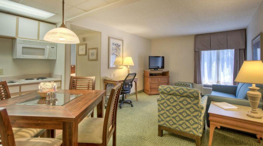 Hampton Inn & Suites Wilmington/Wrightsville Beach-13 of 75 photos