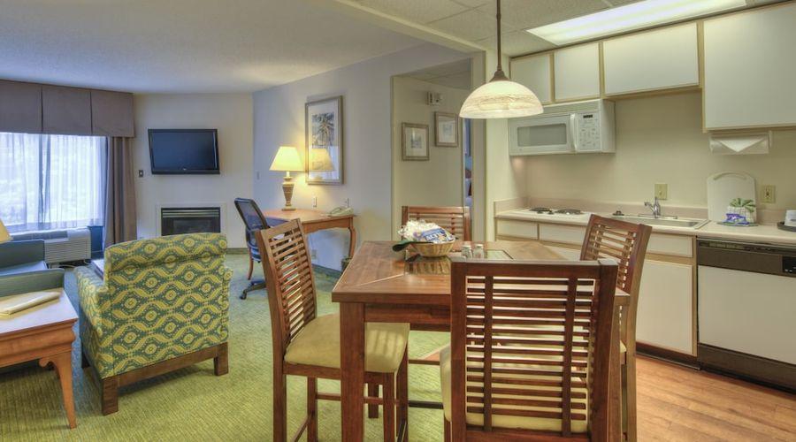 Hampton Inn & Suites Wilmington/Wrightsville Beach-34 of 75 photos