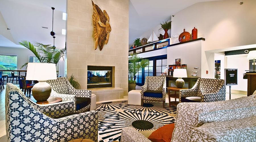 Hampton Inn & Suites Wilmington/Wrightsville Beach-3 of 75 photos