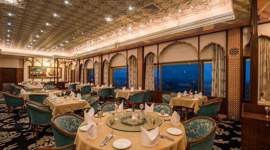 Hotel Clarks Shiraz-24 of 36 photos