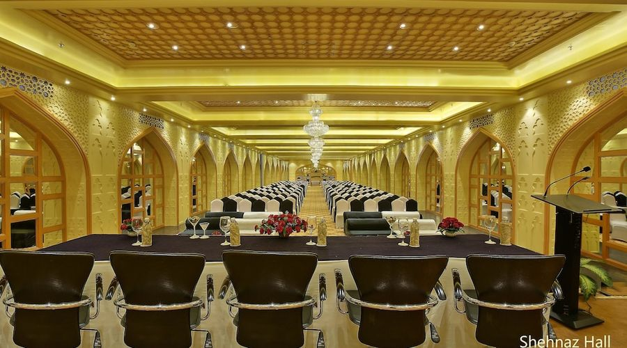 Hotel Clarks Shiraz-30 of 36 photos