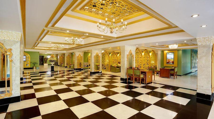 Hotel Clarks Shiraz-3 of 36 photos