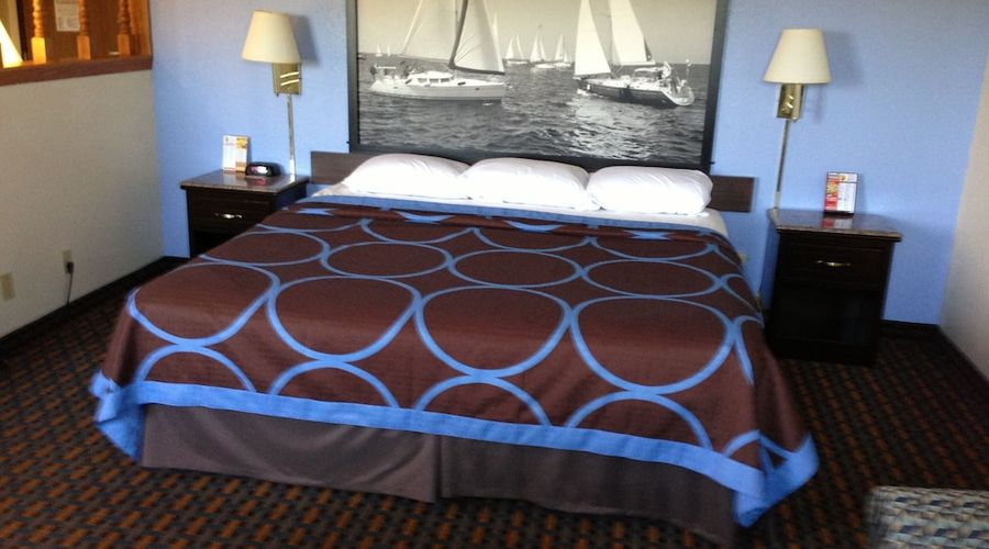 Super 8 by Wyndham New Castle-8 of 26 photos
