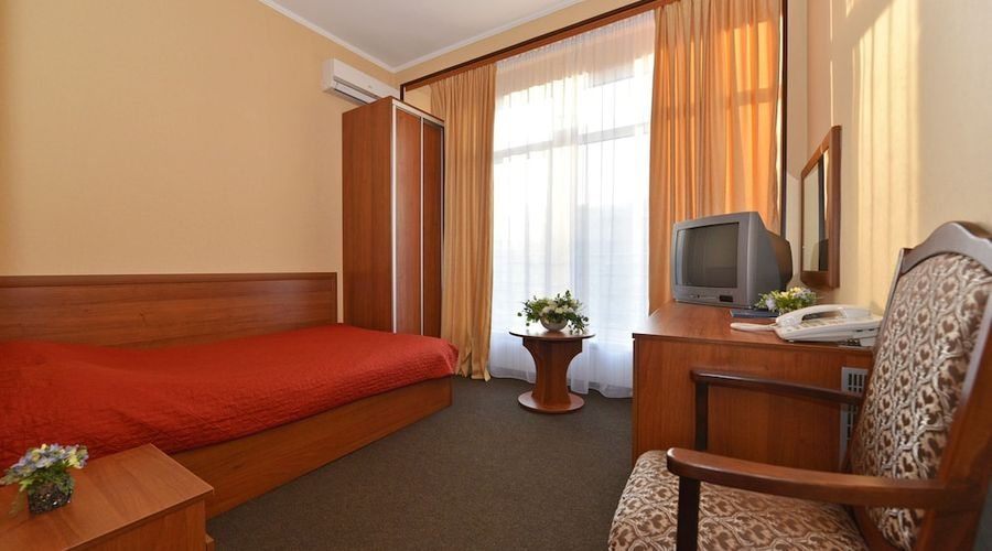 Hotel Dnipro-22 of 101 photos