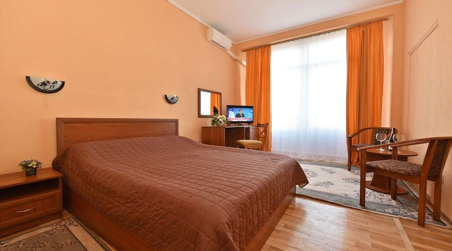 Hotel Dnipro-25 of 101 photos