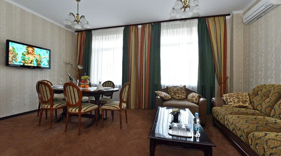 Hotel Dnipro-27 of 101 photos