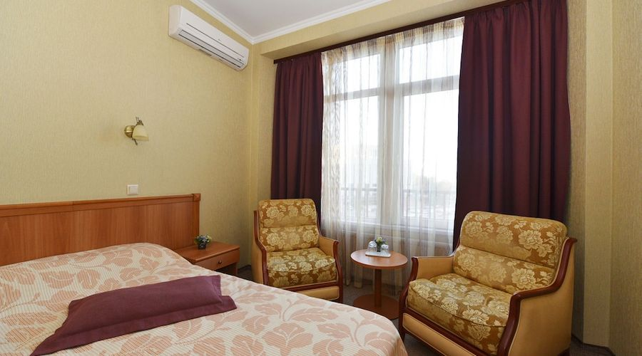 Hotel Dnipro-34 of 101 photos
