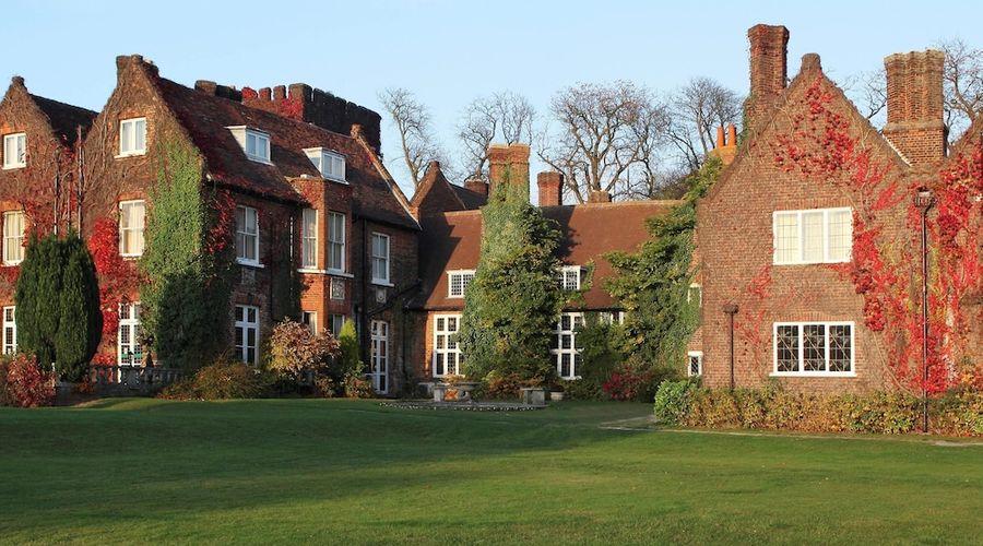 Mercure Letchworth Hall-1 of 32 photos