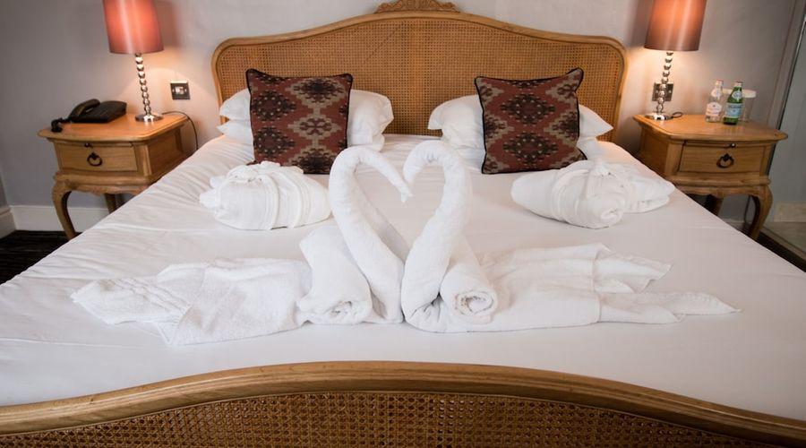 Saracens Head Hotel-24 of 91 photos