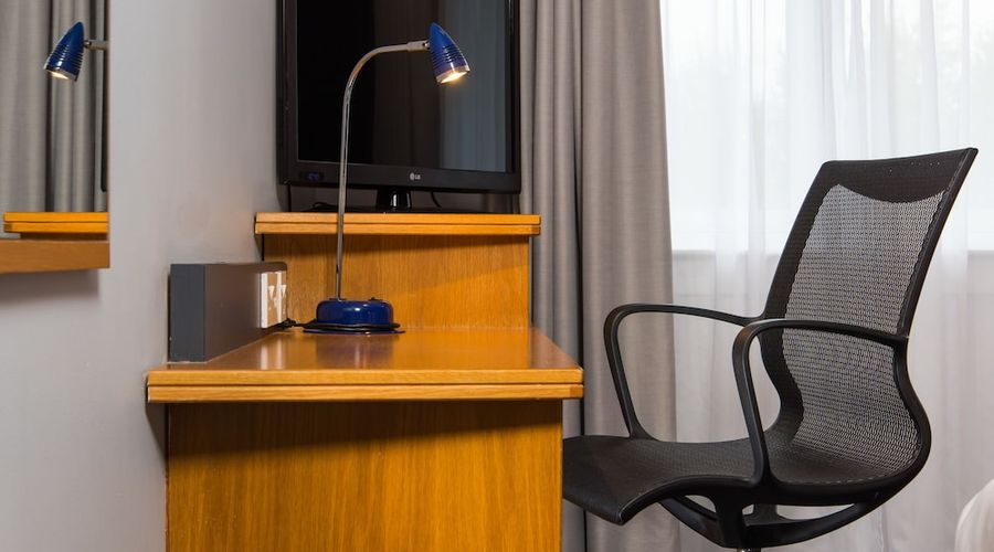 Holiday Inn Express East Midlands Airport-6 of 33 photos