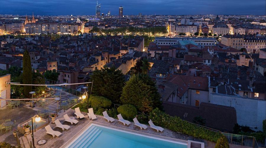 Villa Florentine-29 of 70 photos