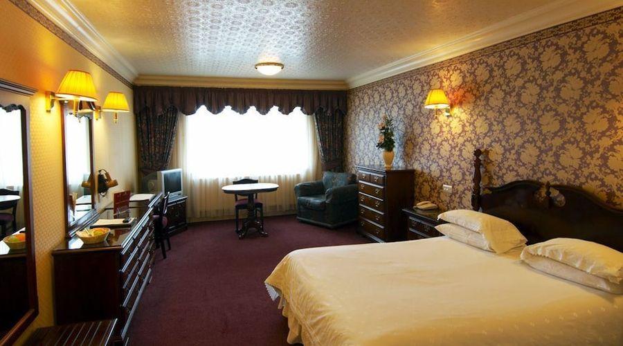 Bredbury Hall Hotel & Country Club-2 of 38 photos