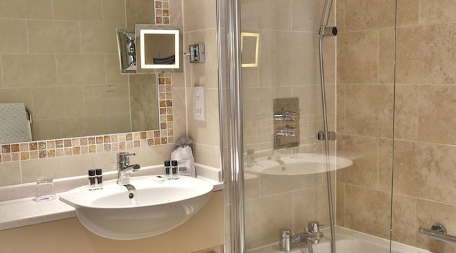 Best Western Premier East Midlands Airport Yew Lodge Hotel-35 of 66 photos