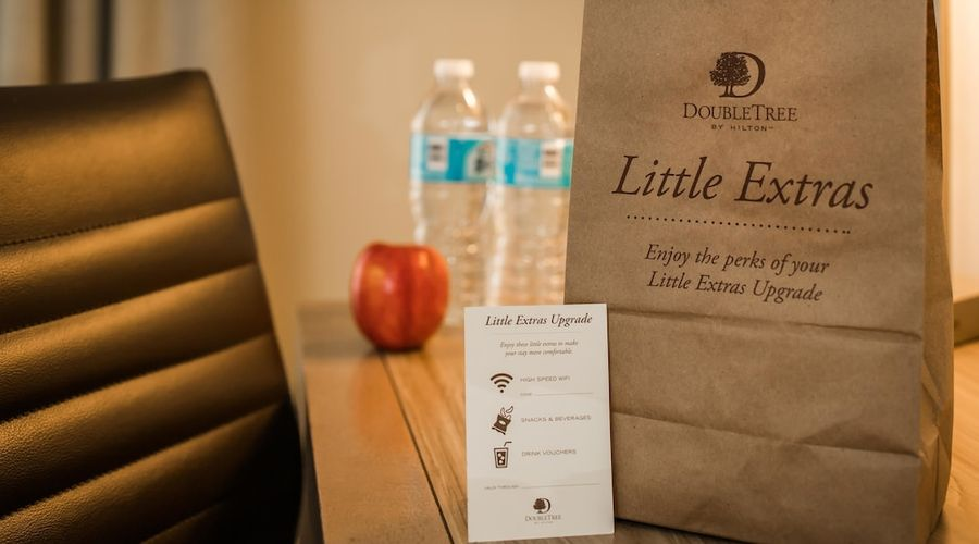 DoubleTree by Hilton Portland - Beaverton-8 of 20 photos