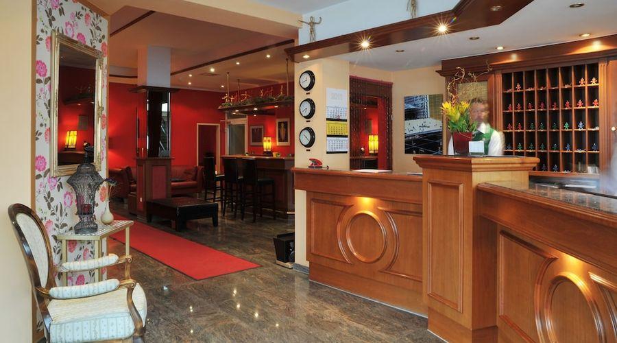 Hotel Servatius Köln-5 of 22 photos