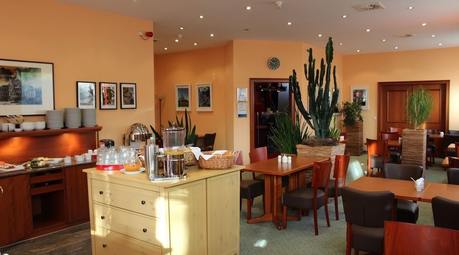 Hotel Servatius Köln-4 of 22 photos