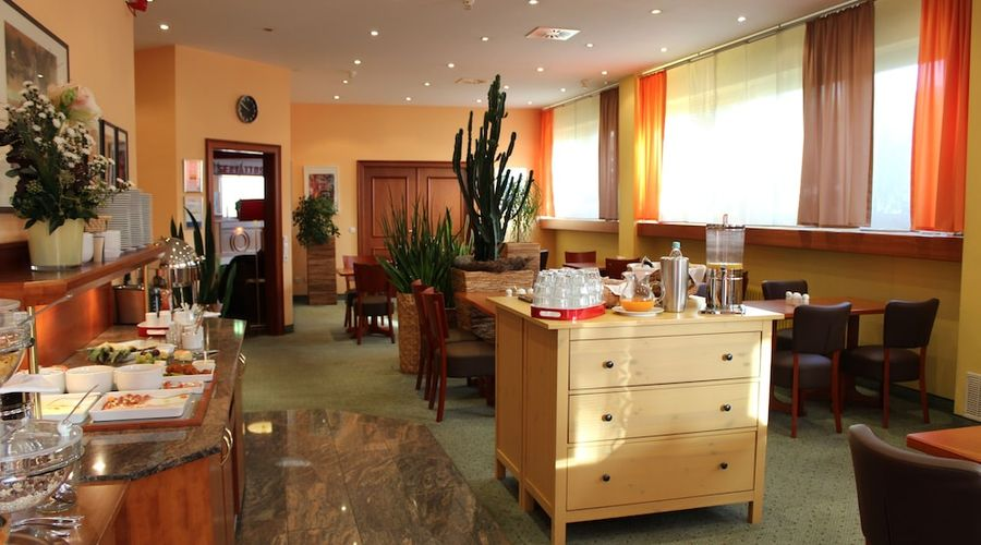Hotel Servatius Köln-19 of 22 photos
